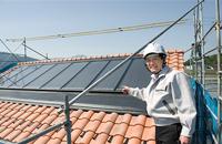 ハイブリッドソーラー太陽光パネルを厳重確認
