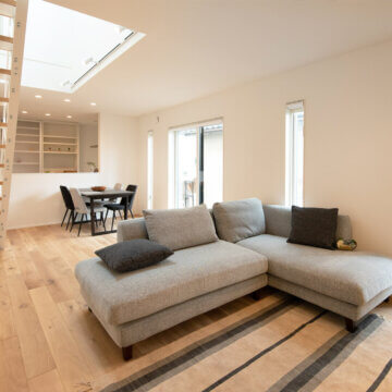 ご主人の手作り家具に囲まれた住み心地のいい家 - S様邸