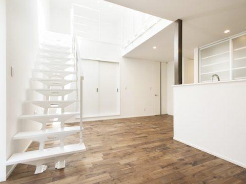 U様邸-1階階段