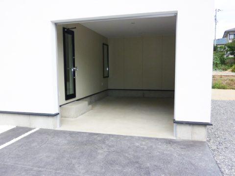 デザインハウス伊那 車庫